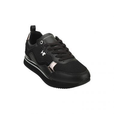 TOMMY HILFIGER FEMININE ACTIVE CITY SNEAKERS IN BLACK
